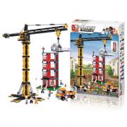 Gru cantiere con palazzo in costruzione