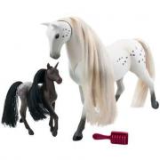 Cavallo Appaloosa con cucciolo