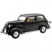 1937 Chevrolet Master Deluxe Town Sedan 1:32