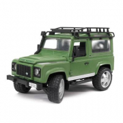 Bruder 02590 - Land Rover Defender Station Wagon verde