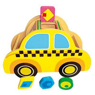 Taxi in legno con forme ad incastro