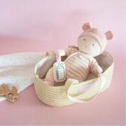 Bambola in pezza Poupon bianca e rosa con culla
