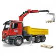 Bruder 03651 - MB Arocs Camion ribaltabile con gru e pallet