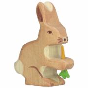 Lepre in legno con carota