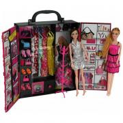 Armadio bambole con vestiti misura Barbie