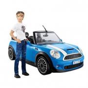 Ken e la sua Mini Cooper cabrio