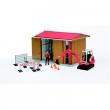 BWorld 62020 -  Capannone con mini escavatore ed operaio