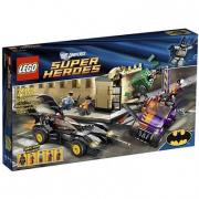 6864 Lego Super Heroes - La Bat-mobile all'inseguimento