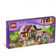 La scuderia di Heartlake - Lego 3189